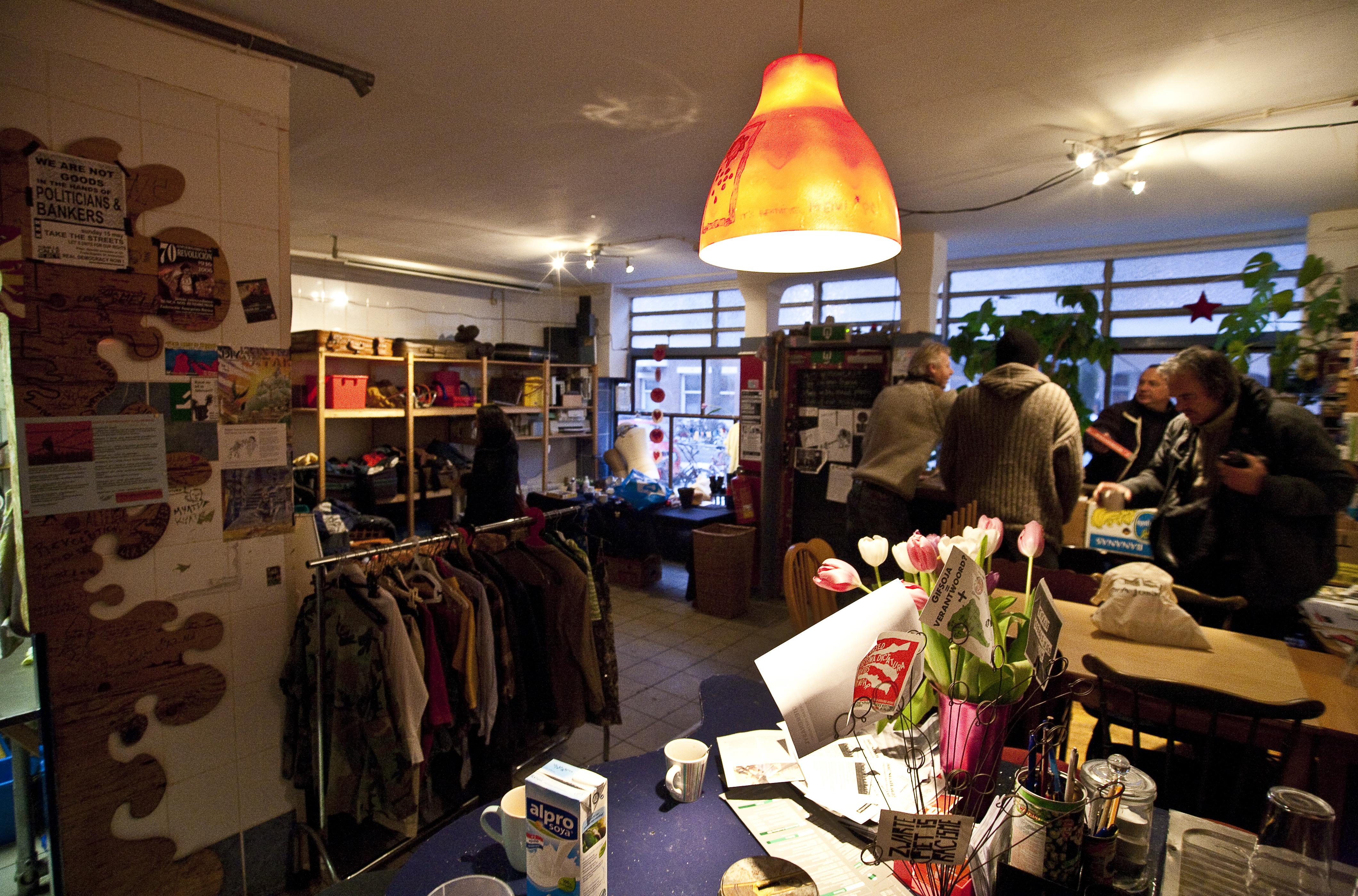 Joes Garage Amsterdam : Weggeefwinkel